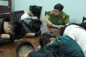 Nhóm nam nữ mở 'tiệc' ma túy trong đêm Việt Nam vô địch AFF Cup