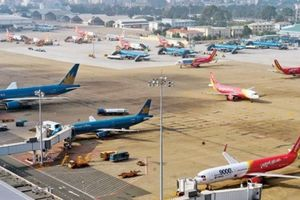 Lựa hướng đầu tư tối ưu sân bay Tân Sơn Nhất