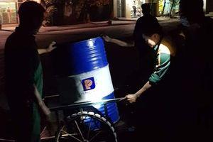 Thanh Hóa: Hàng nghìn lít dầu bị rò rỉ ra môi trường