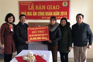 Hà Nội: LĐLĐ huyện Ba Vì bàn giao nhà 'Mái ấm CĐ' cho đoàn viên