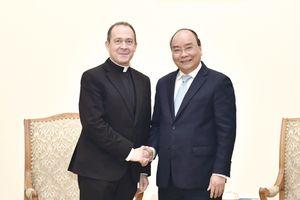 Thủ tướng tiếp Thứ trưởng Ngoại giao Tòa thánh Vatican