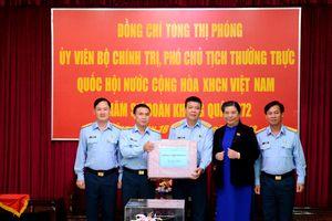 Phó chủ tịch Thường trực Quốc hội thăm và làm việc tại Sư đoàn Không quân 372