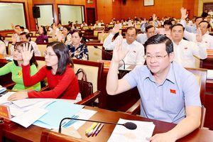 Thực hiện cơ chế, chính sách đặc thù phát triển TPHCM: Đẩy mạnh phân cấp