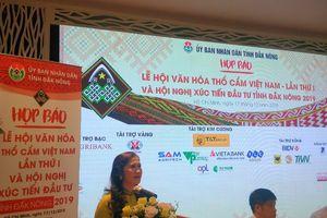 'Lễ hội văn hóa thổ cẩm Việt Nam' lần thứ nhất