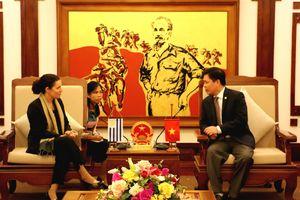 Việt Nam - Uruguay tăng cường hợp tác GTVT