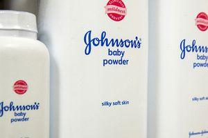 Phấn rôm Johnson & Johnson chứa chất gây ung thư?