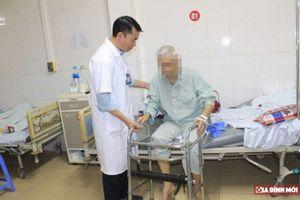 Cứu ba cụ già 'trăm tuổi' ngã gãy xương, mang trong người cả 'núi' bệnh