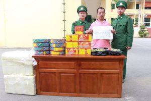 Bắt đối tượng người Trung Quốc vận chuyển 34kg pháo nổ vào Việt Nam