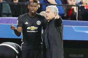 Jose Mourinho bị Manchester United sa thải
