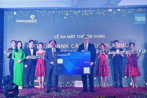 Vietcombank ra mắt sản phẩm thẻ thanh toán không tiếp xúc