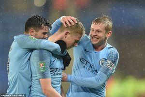 Man City vào bán kết Cup Liên đoàn sau màn 'đấu súng'