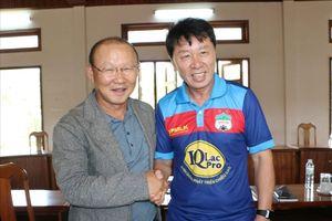 Người đồng nhiệm với HLV Park Hang-seo bất ngờ về dẫn dắt CLB TP.HCM