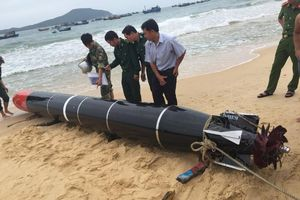 'Thiết bị huấn luyện hải quân' có chữ Trung Quốc trôi vào biển Phú Yên
