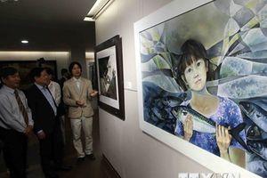 Khai mạc triển lãm 'Tinh hoa mỹ thuật Đà Nẵng 2008-2018'