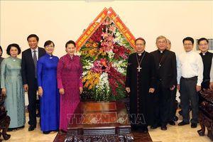 Chủ tịch Quốc hội chúc mừng Giáng sinh tại Tổng Giáo phận TP Hồ Chí Minh