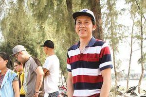 Diện dép tông Lào rẻ tiền nhưng Thanh Hằng - Hoài Linh - Ngọc Trinh vẫn cứ ngời ngời khí chất