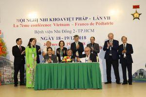 Bệnh viện Nhi Đồng 2 ký kết hợp tác với Viện Truờng lớn của Pháp