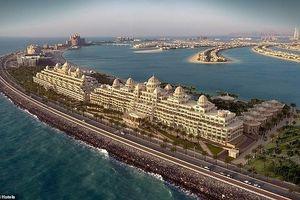 Chiêm ngưỡng khách sạn siêu sang dát vàng ở Dubai