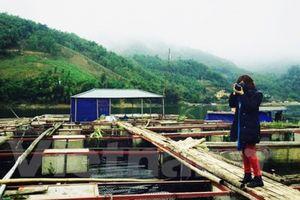 Đánh thức tiềm năng du lịch Đà Bắc