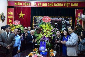 Chủ tịch HĐND TP Hà Nội chúc mừng Giáng sinh Ủy ban Đoàn kết Công giáo TP