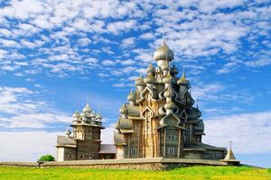 Nhà thờ gỗ độc đáo ở Nga không dùng bất kỳ chiếc đinh nào để xây dựng