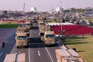 Tròn mắt xem đội quân nhà giàu Qatar duyệt binh với khí tài 'khủng'