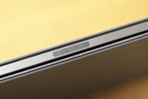 Apple xác nhận một số mẫu iPad Pro 2018 bị uốn cong