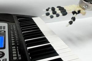 Robot được tạo ra bằng công nghệ in 3D có thể đánh đàn piano