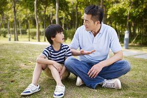 Cách ứng xử khéo léo của cha mẹ khi con cái nói dối