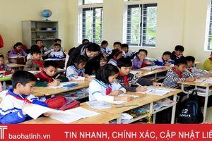 Cẩm Xuyên nhập lớp, mời người về hưu tham gia giảng dạy
