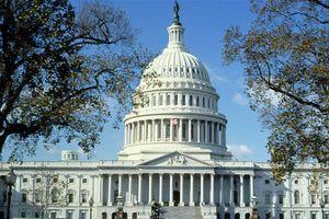 Thượng viện Mỹ thông qua dự luật chi tiêu giúp chính phủ tránh nguy cơ 'đóng cửa'