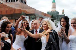 Tổng thống Putin úp mở về khả năng tái hôn