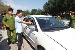 Bắt 3 đối tượng thuê xe ô tô đi ăn trộm