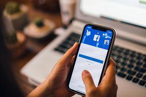 Facebook: 'Đọc tin nhắn người dùng để phục vụ đối tác'