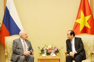 Bộ trưởng, Chủ nhiệm VPCP tiếp Đại sứ Nga, Đức