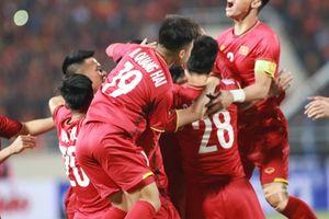Thầy trò HLV Park Hang-seo áp đảo giải Fair Play