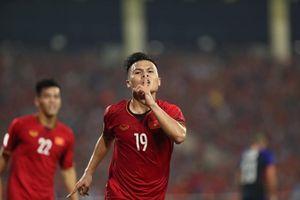 Hé lộ về 'đại gia' Malaysia không tiếc tiền để sở hữu Quang Hải