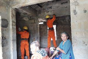 Thừa Thiên Huế: Hỗ trợ hộ nghèo chỉnh trang hệ thống điện sau công tơ