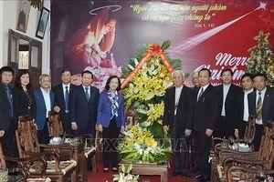 Trưởng ban Dân vận Trung ương chúc mừng Giáng sinh tại Tòa Giám mục Bắc Ninh