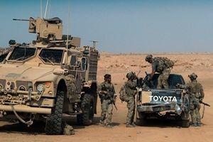 Phiến quân Syria lo sốt vó sau khi xe quân sự Mỹ ùn ùn rời đi