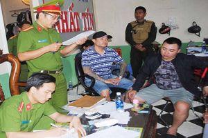 Gia Lai: Khởi tố, bắt tạm giam nhóm đối tượng cho vay nặng lãi