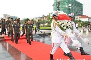 Tri ân các liệt sỹ quân tình nguyện Việt Nam hy sinh tại Campuchia