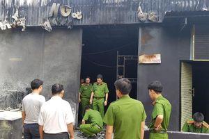 Cận cảnh khám nghiệm hiện trường nhà hàng bị cháy, 6 người chết