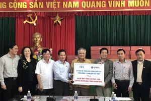 Trao tặng 30 máy tính cho trường học ở huyện Quan Hóa