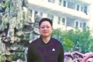 Nam sinh Trung Quốc đâm chết thầy giáo chỉ vì sợ bị gọi điện về nhà thông báo kết quả học tập