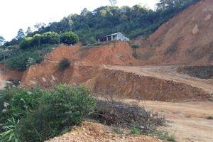 Lạng Sơn: Phạt rồi cho ngang nhiên khai thác đất trái phép ngay cạnh Quốc lộ 1A