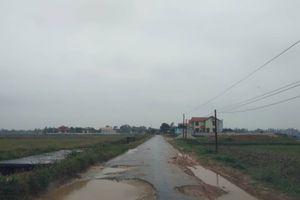Thanh Hóa: Cận cảnh tuyến đường xuống cấp khiến người dân nhiều năm khốn khổ