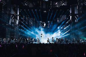 Hàng chục ngàn khán giả thắp sáng 'Ten on Ten' của Đông Nhi