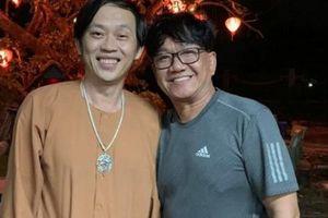 Hoài Linh mừng sinh nhật ở nhà thờ Tổ trăm tỷ, sao Việt đổ về dự