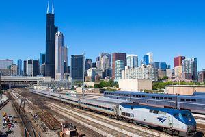 Kinh nghiệm 'xương máu' ngăn ngừa tai nạn đường sắt trên thế giới
